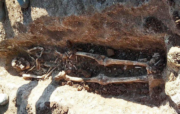 Aparece una importante necrópolis romana con más de 30 enterramientos junto a El Torbiscal