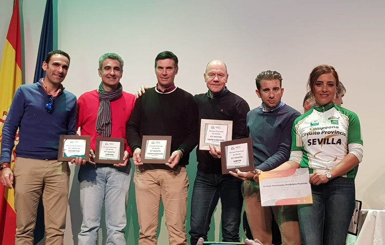 El equipo ciclista utrerano «JIP Carbono Team» campeón del Circuito Provincial BTT Maratón