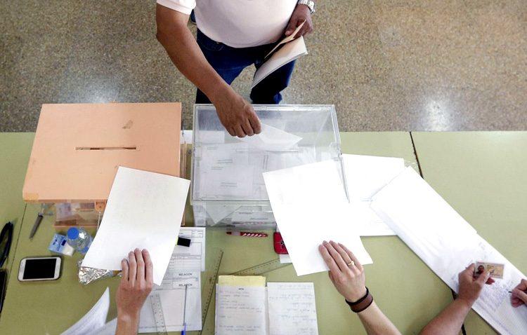PP y PSOE de Utrera proponen no realizar actos electorales en Semana Santa ni poner publicidad en el recorrido de las procesiones