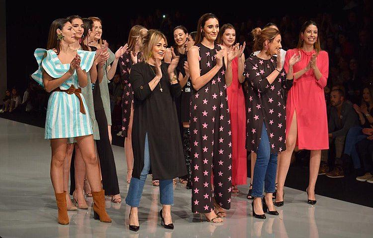 La firma de moda utrerana «La Mosca» presenta en Fibes su «alegre y divertida» nueva colección