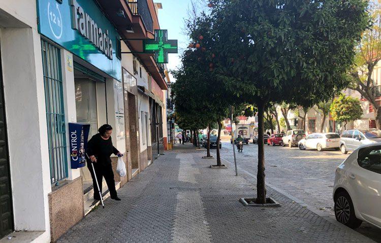 Las farmacias de Utrera tendrán plazas de aparcamiento reservadas tras un acuerdo con el Ayuntamiento