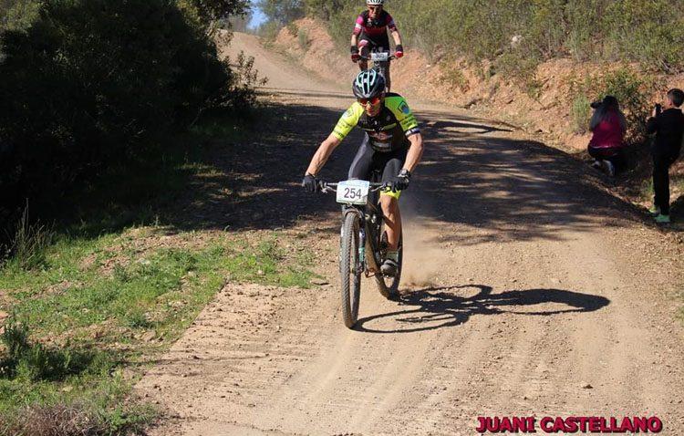 El Club Ciclista «Jip Carbono Team» defiende el campeonato de Sevilla BTT en la Sierra de Aznalcollar
