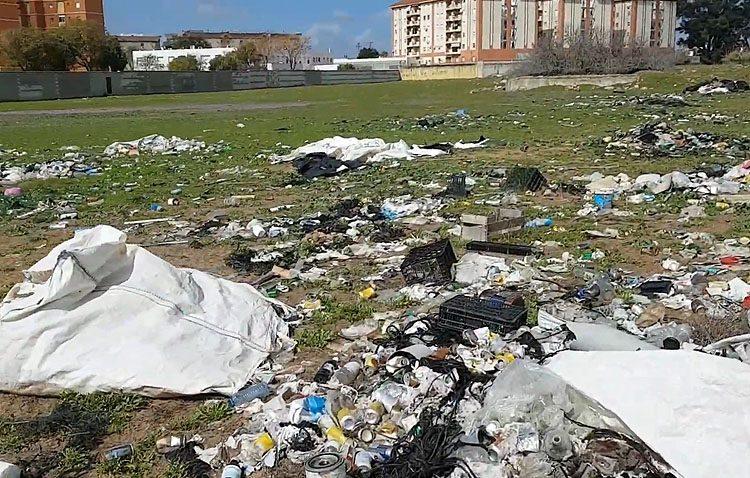 Expedientes sancionadores y órdenes de limpieza de los solares abandonados de Utrera ante la acumulación de suciedad