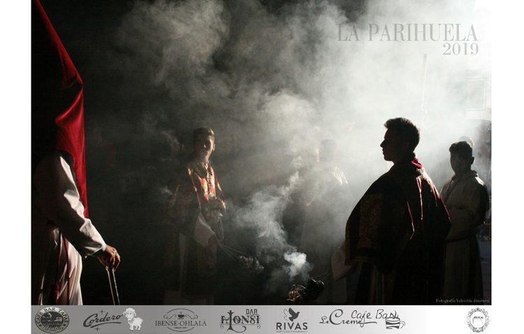 La luz del Martes Santo, protagonista del cartel de la tertulia cofrade «La parihuela»