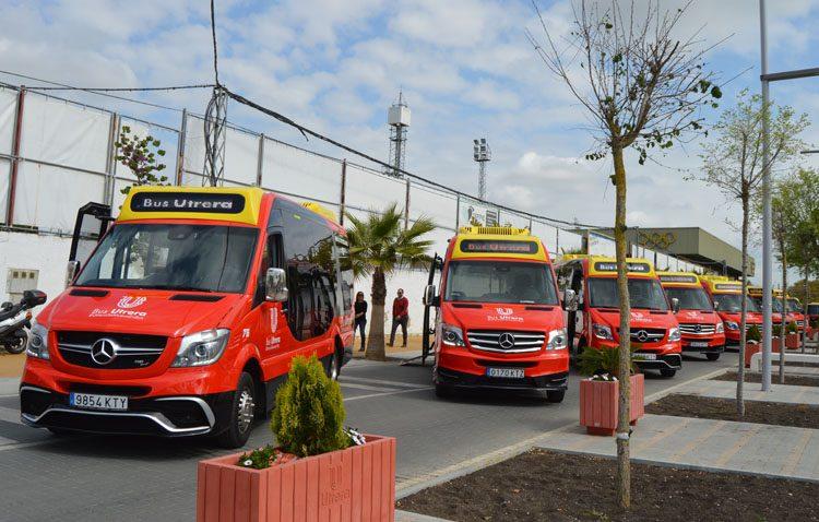 Los nuevos autobuses urbanos de Utrera entran en servicio