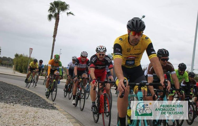 Intenso comienzo del mes de abril para el equipo ciclista «Jip Carbono Team»