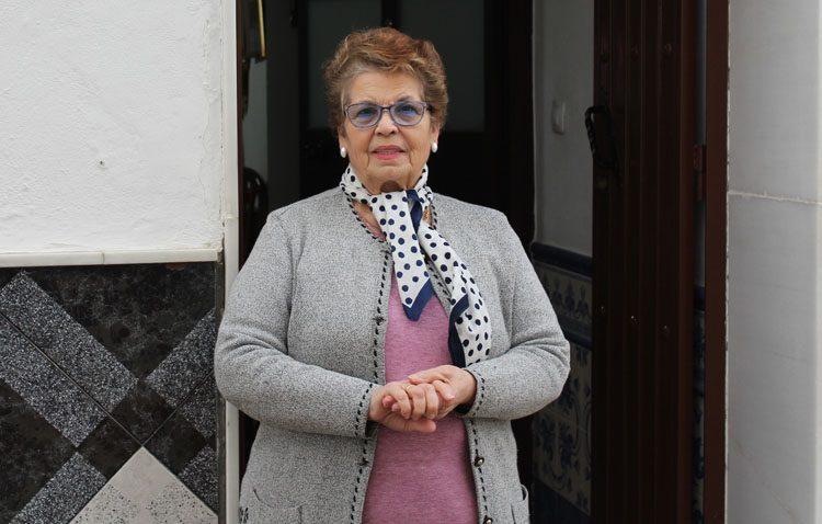 Manuela Carreño, una utrerana conocida por curar durante años los pies de manera gratuita a cientos de personas