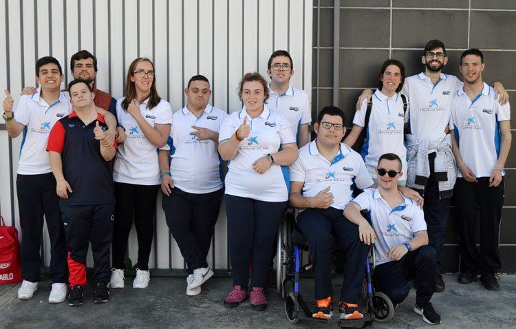 Los «héroes» del equipo de natación adaptada del Club Natación Utrera