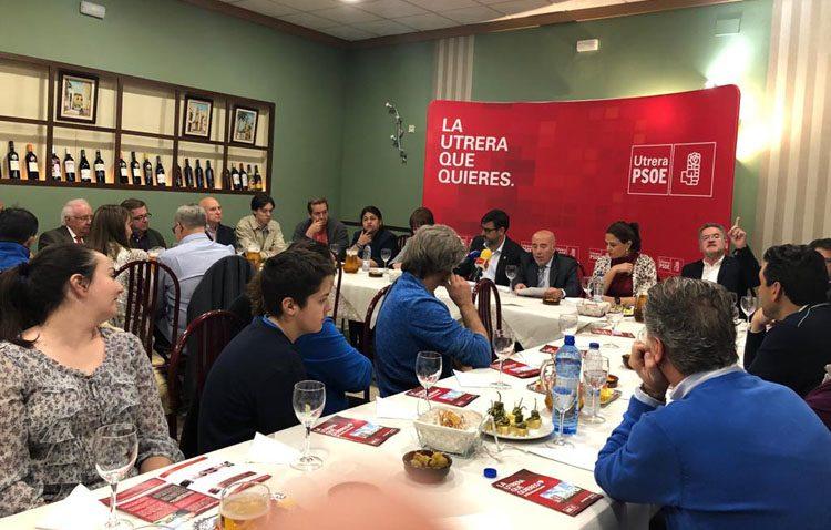 El PSOE promete acciones formativas y creación de nuevo suelo industrial para potenciar la economía en Utrera