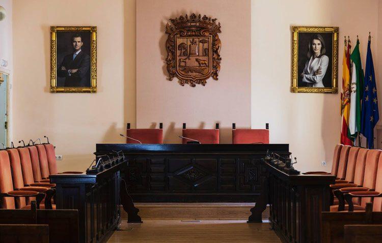 Una decena de partidos políticos concurrirán finalmente a las elecciones municipales en Utrera