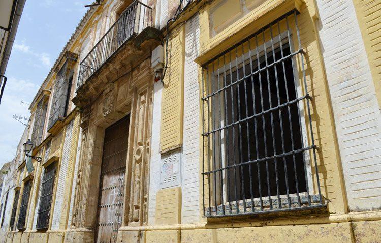 La casa de los Román Meléndez, una pequeña joya en el centro de Utrera