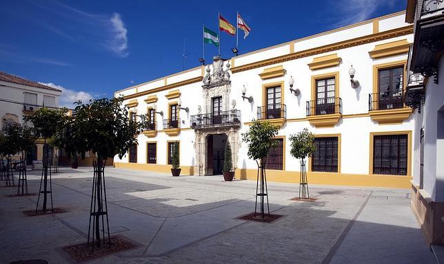 El Ayuntamiento de Utrera liquida el presupuesto del año 2014