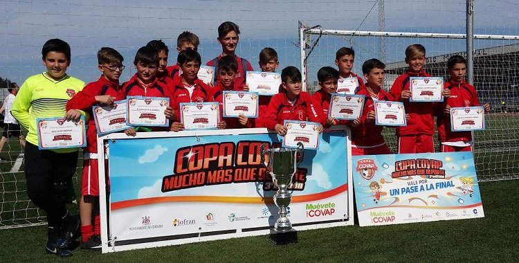El alevín de la Escuela de Fútbol, en la fase final de la Copa Covap