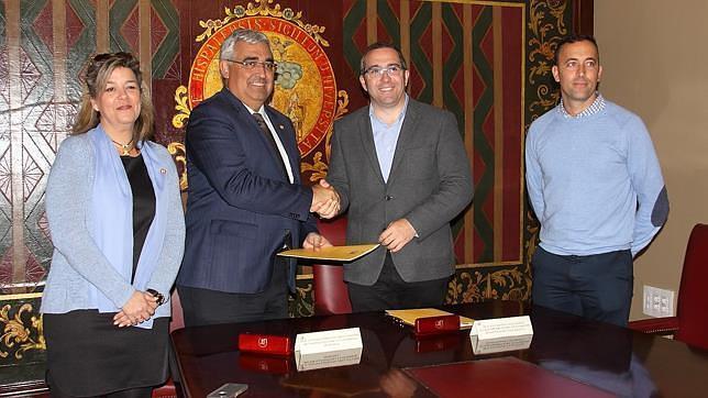 Acuerdo entre la Universidad de Sevilla y el Ayuntamiento de Los Palacios