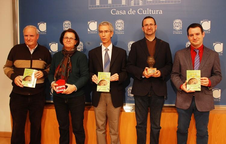 El gaditano Marco Antonio Marcos recibió el premio de novela de terror «Ciudad de Utrera»