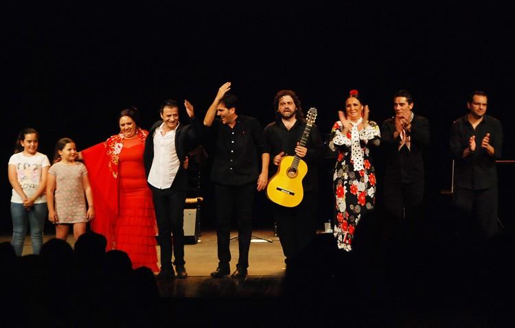 Cantes, toques y bailes de Utrera «por todo lo alto» en el teatro