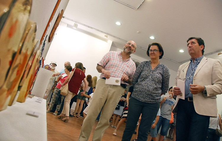 Una muestra de artes plásticas y un espectáculo en el teatro cierran el curso de la Casa de la Cultura