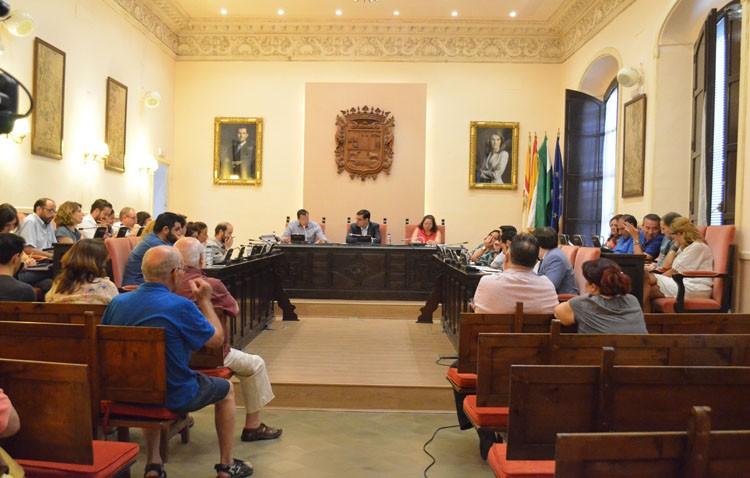 El PSOE presenta en el pleno una moción contra la «Ley Mordaza»