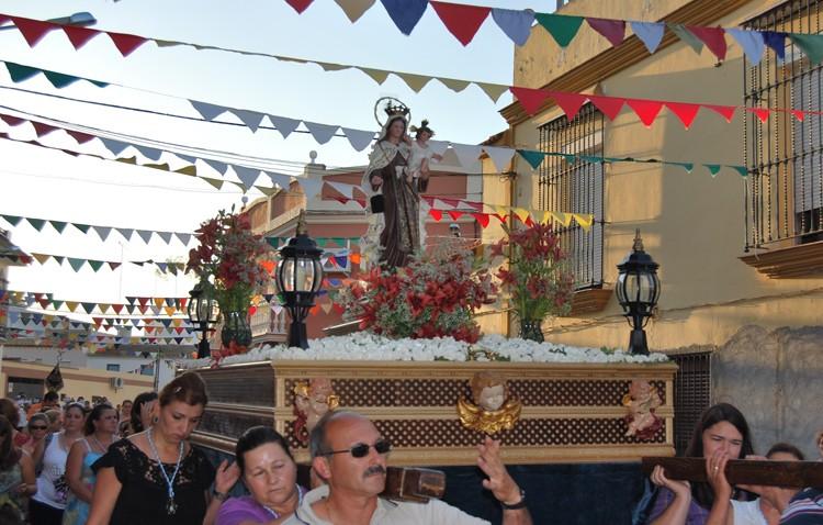 La Virgen del Carmen procesiona hoy por las calles de Utrera