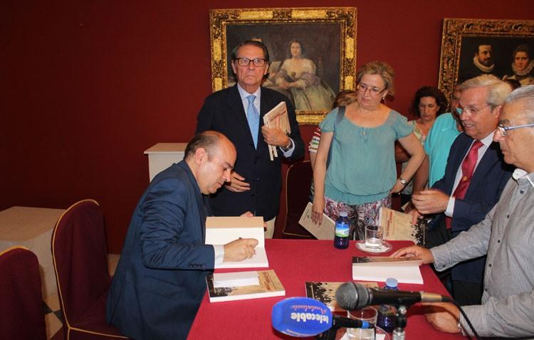 Eduardo González de la Peña presentó «Tres Utreranos de Leyenda»