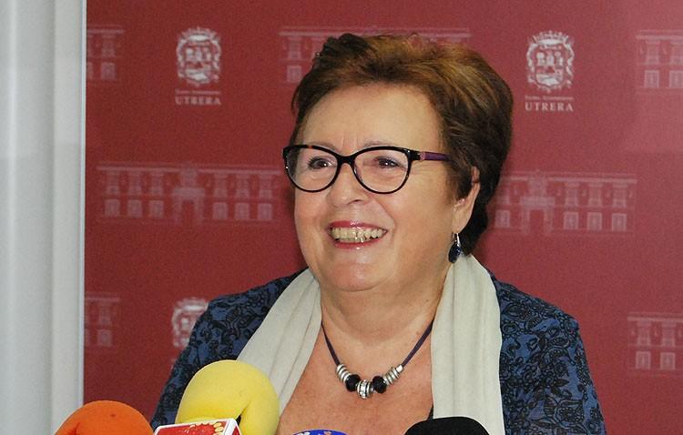Casi un cuarto de siglo de la vida de María Dolores Pascual como concejal del Ayuntamiento de Utrera