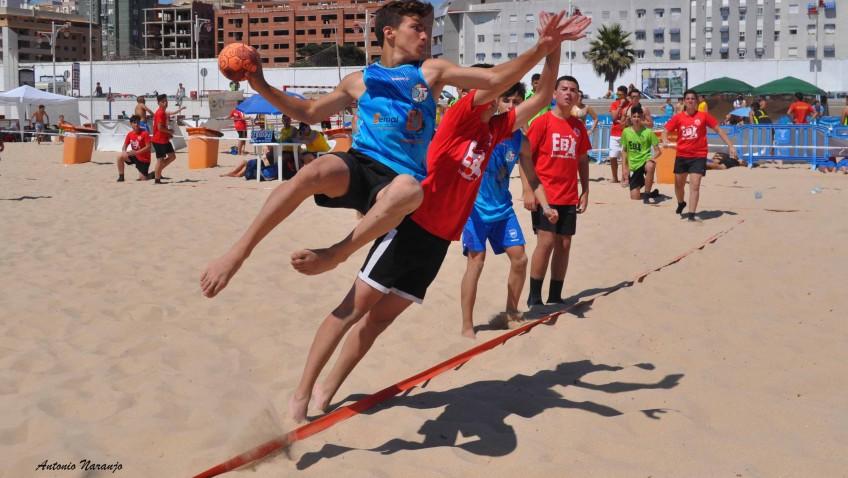 Tres equipos utreranos en el Campeonato de España de balonmano playa