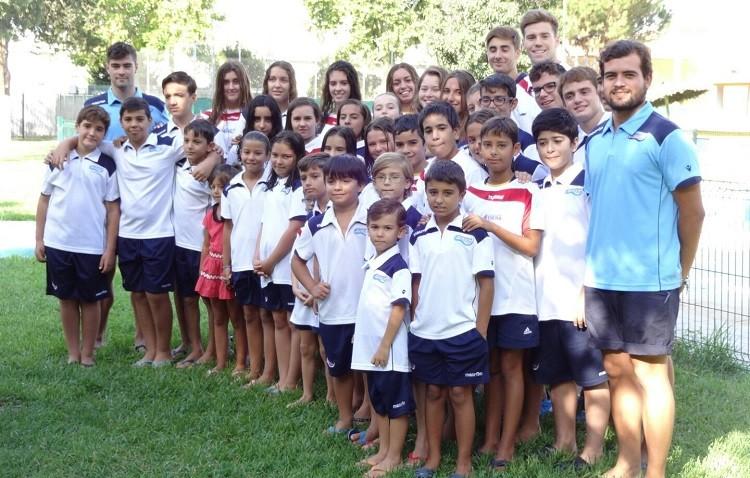 Los nadadores del Natación Utrera se preparan para la conquista de su trofeo