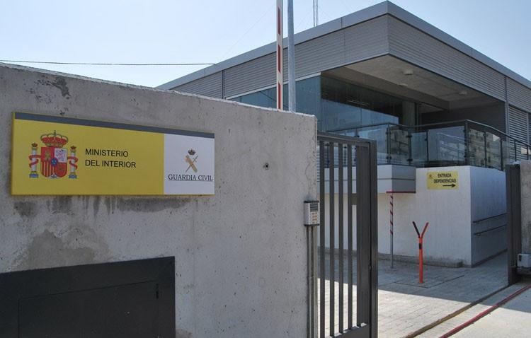 La Guardia Civil de Utrera detiene a una persona por apropiarse de 12.000 euros del salario de sus empleados