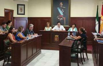 El alcalde y los concejales de Espartinas sólo trabajarán un día a la semana para el ayuntamiento