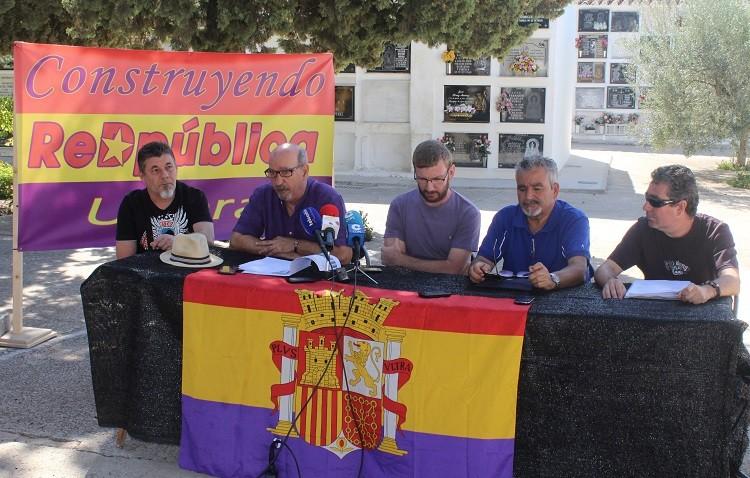 El gobierno local, responsable de retirar los nombres del monumento a las víctimas de la represión franquista en Utrera
