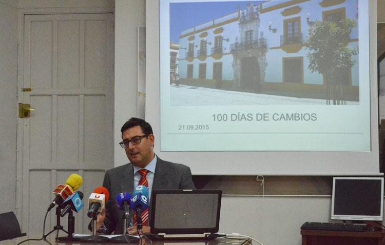 Villalobos: «Nunca se había hecho tanto en tan poco tiempo»
