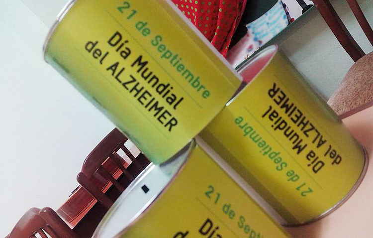Huchas en los comercios utreranos a beneficio de la asociación de enfermos de alzheimer