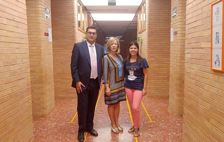 Visita municipal al colegio María Montessori por el comienzo del nuevo curso