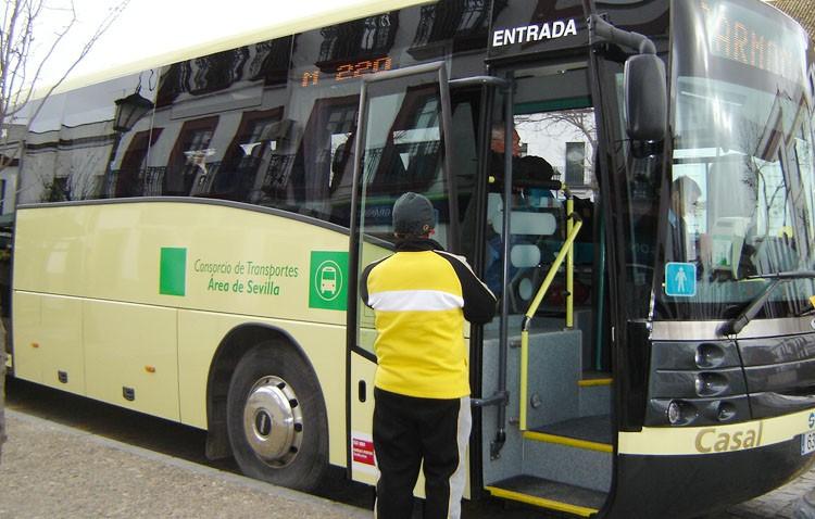 El PP critica que el gobierno se niegue a promover la ampliación del transporte con otros pueblos y descuentos para desempleados