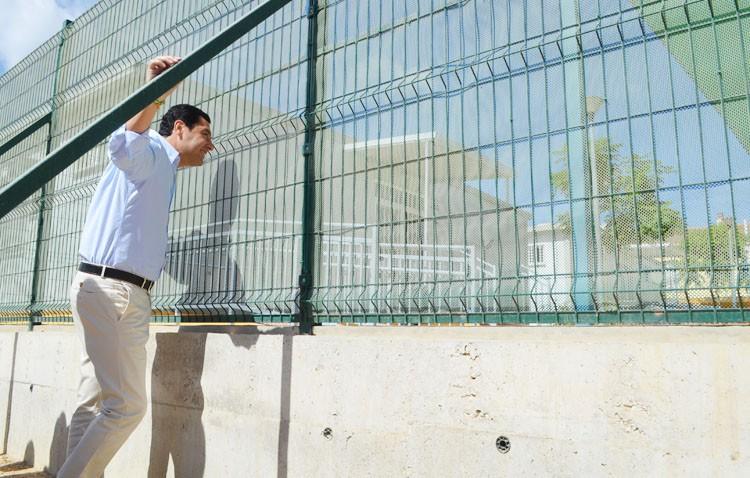 El presidente del PP andaluz pide acabar «de una vez por todas» con las «caracolas» de La Mulata