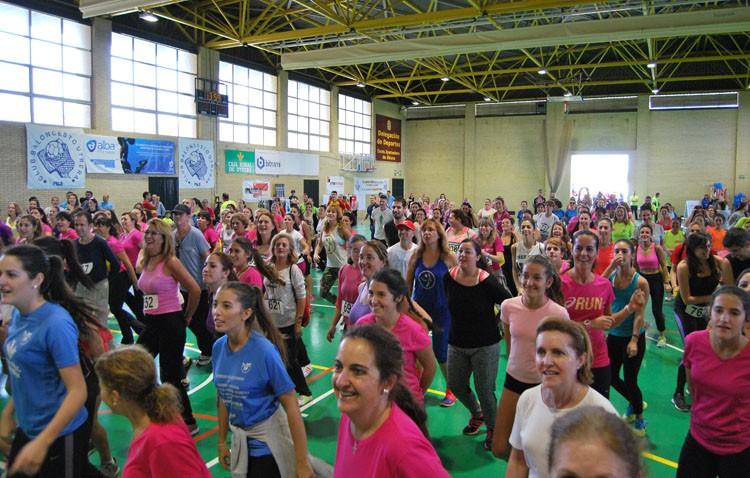 Masiva participación en la carrera a beneficio de la asociación contra el cáncer (GALERÍA)