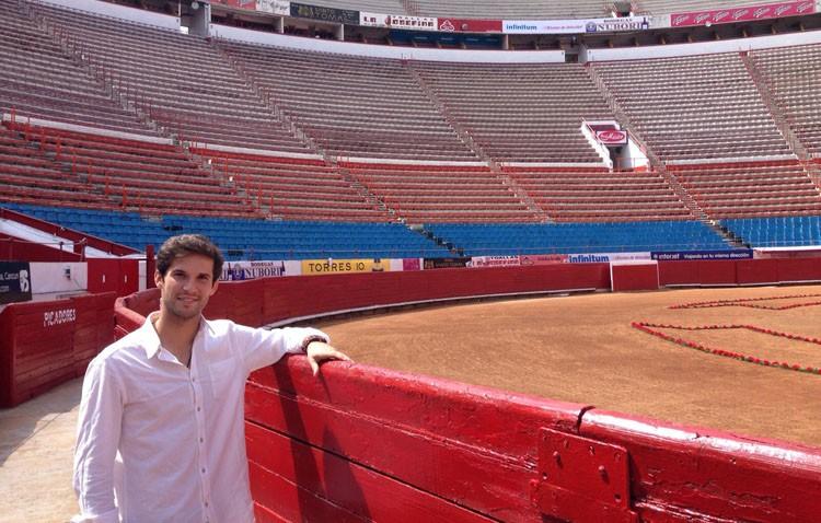 Curro Durán, vuelta al ruedo en su debut en México