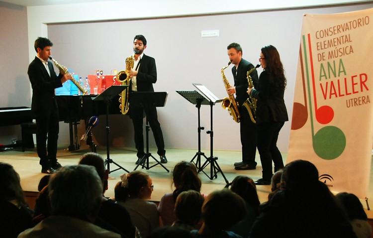 El conservatorio de Utrera celebró el día de Santa Cecilia con un concierto del cuarteto de saxofones SQ4