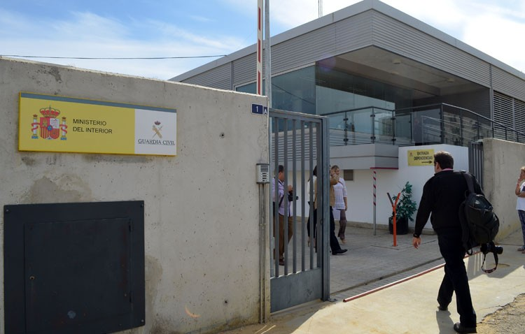 La Guardia Civil detiene a un joven por abuso  sexual en Utrera