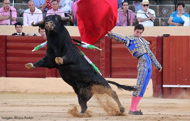 Curro Durán triunfa en México