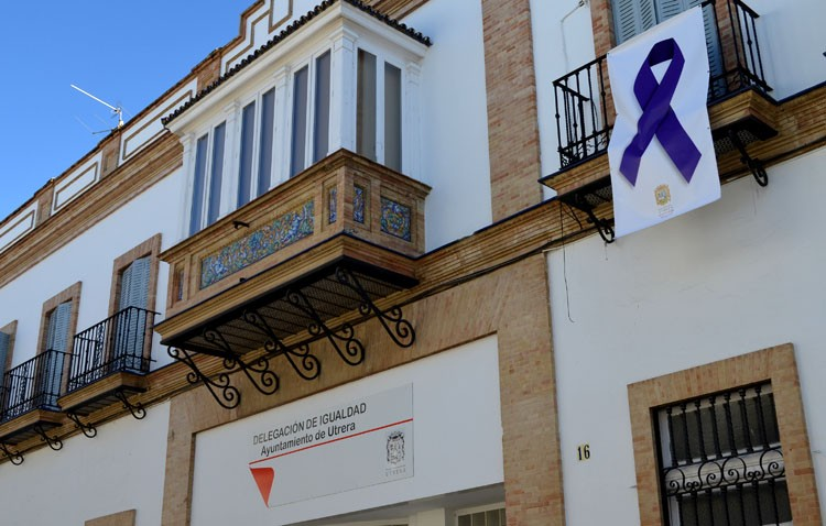 El Día contra la Violencia de Género llena de actos la jornada en Utrera
