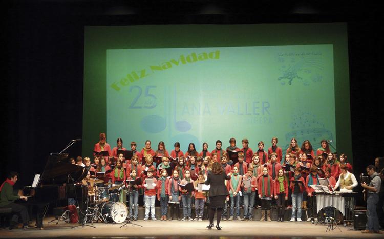 El conservatorio de música ofrece una audición de Navidad en el teatro