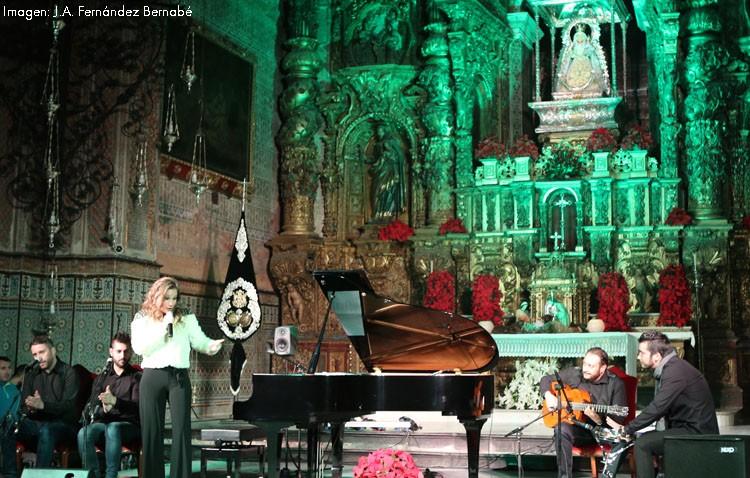 Una zambomba flamenca para anunciar la Navidad en Consolación (VÍDEO E IMÁGENES)