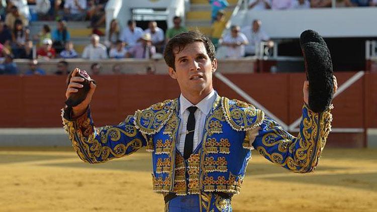 Curro Durán vuelve a triunfar en México
