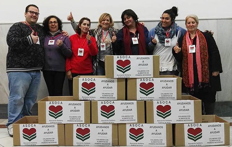 La asociación Asoca recoge alimentos en cajas repartidas por los comercios de Utrera
