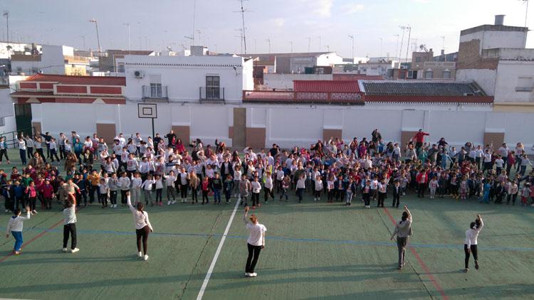 El colegio Coca de la Piñera apuesta por la paz y lucha contra la desnutrición infantil