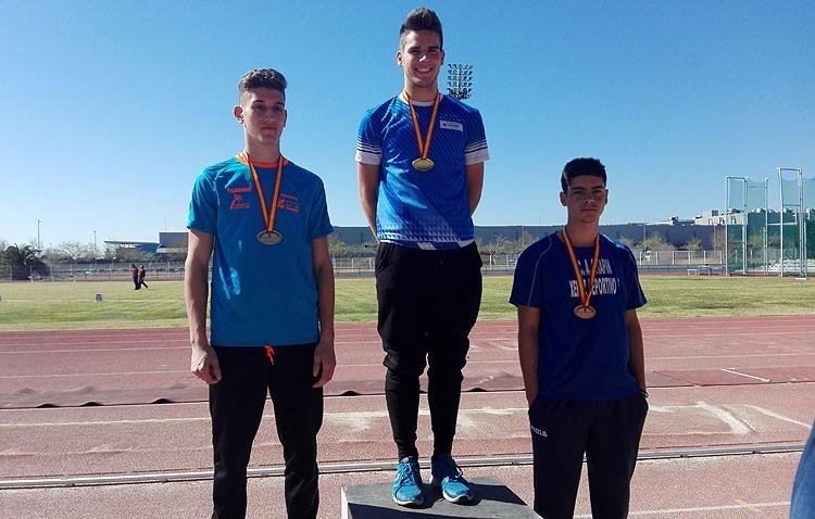 El utrerano Adrián Durán, bronce en el Campeonato de España en lanzamiento de jabalina
