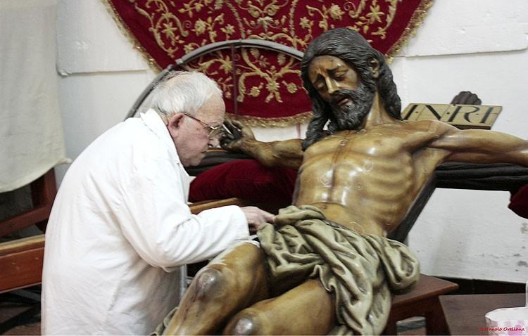 La hermandad de los Estudiantes decidirá en cabildo extraordinario la restauración del Cristo del Amor