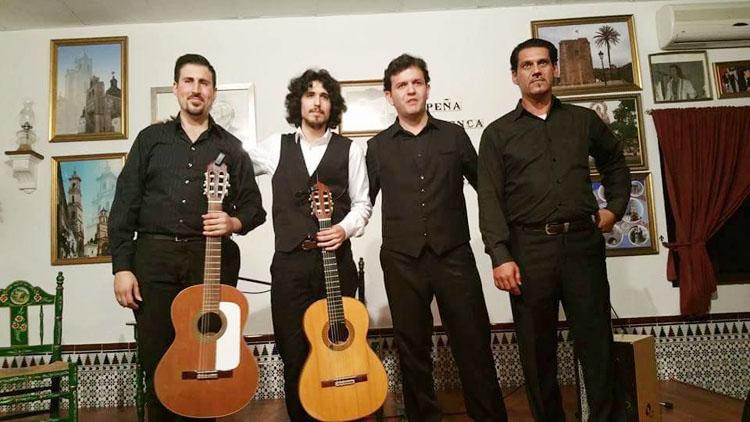 Sones flamenco en la peña «Curro de Utrera»