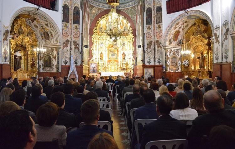 Presentación de los carteles de «Mayo mariano» y «Junio eucarístico» y entrega de las pastas a los pregoneros